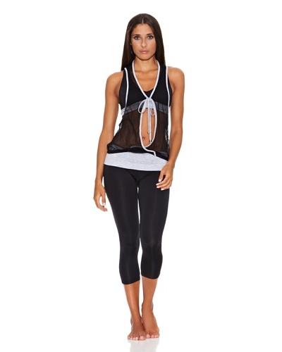Adriana Arango Conjunto de Top, Camiseta  y Legging Capri