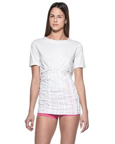 Crema Camiseta Encajes y Ribetes
