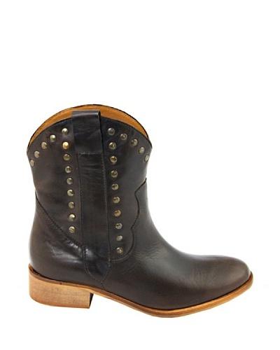 Eye Shoes Botines Tachuelas
